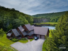Mirror Lake Inn in Canaan Valley